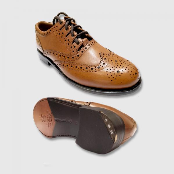 Kilt Brogues - Luxury (Brown)